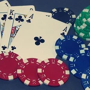 Poker con dinero